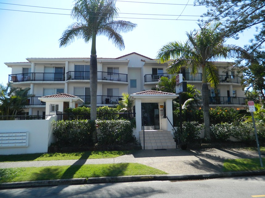 5 15 Surf Street Mermaid Beach Qld 4218 Smith Realty